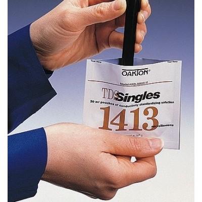 Oakton® Conductivity Calibration Pouches, 1413µS Box of 20 Pouches (WD-35653-11)