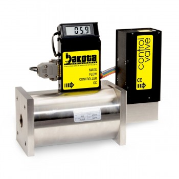 GC7 Series - Nitrogen Mass Flow Controller - Stainless Steel, High Flow, With or Without LCD Readout, 3/4 Inch FNPT Fittings, 0-5VDC Analog Input/Output